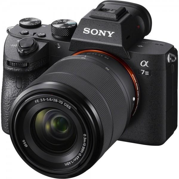 Sony Alpha 7 III + FE 28-70mm 3.5-5.6 OSS