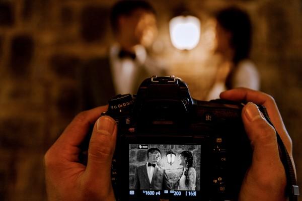 camera-couple-people-2959199-1